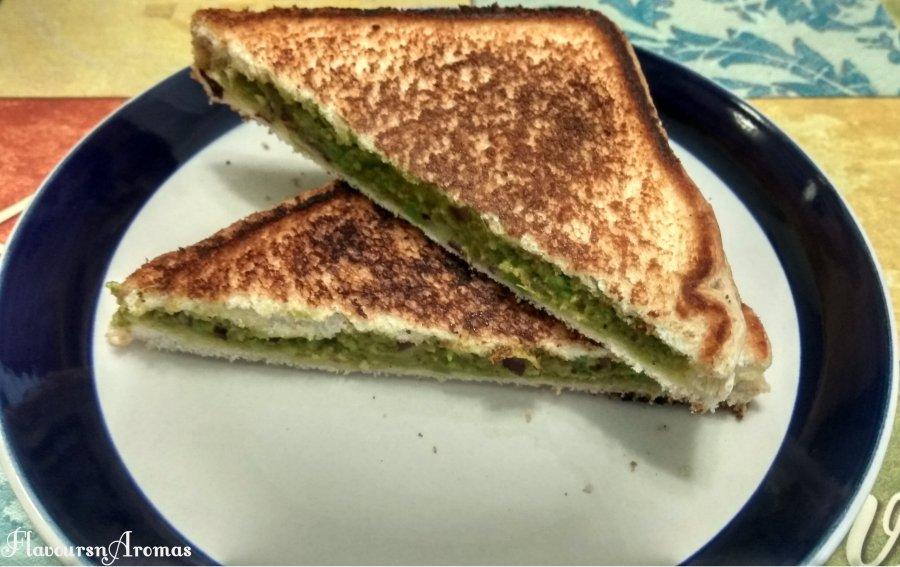 Avocado Sandwich(Indian Style)